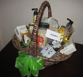 Spa Gift Basket with Isabel Bloom Sculpture
